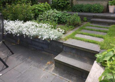 hoogteverschil-waterkant-tuinontwerp-tuin-aan-het-water